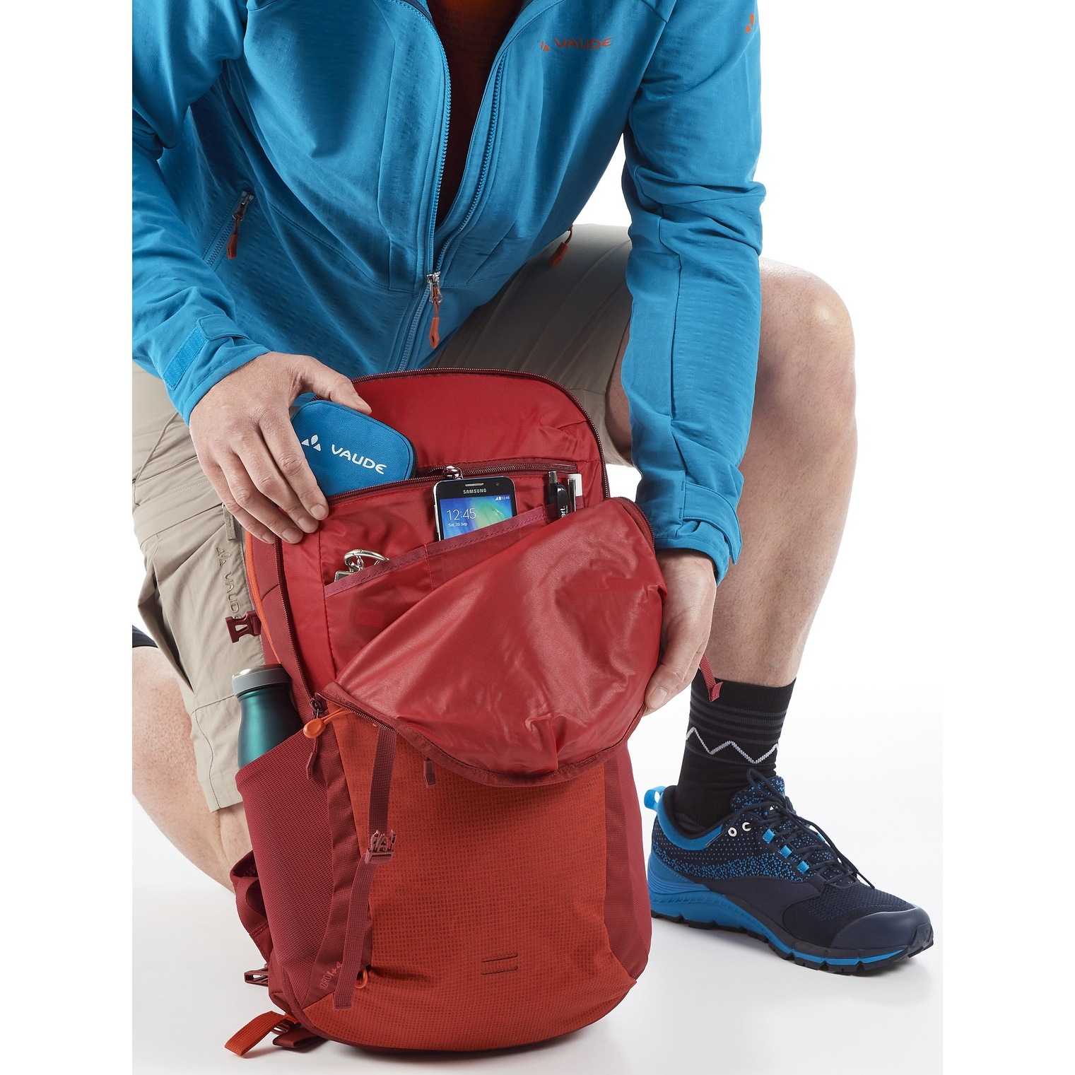 Image of Vaude Wizard 24+4 Backpack - blue sapphire