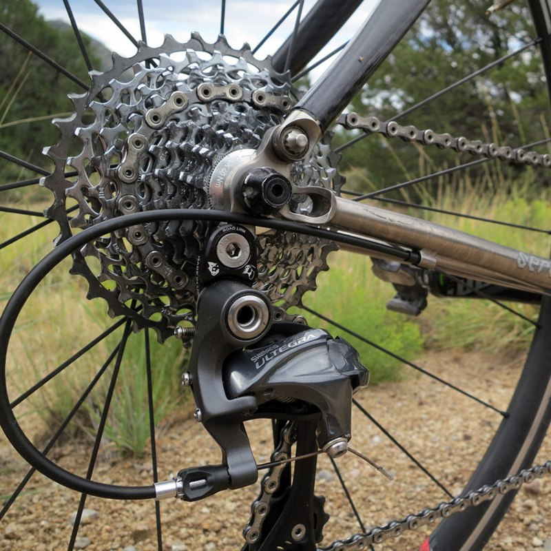 Image of Wolf Tooth RoadLink for Shimano 10-/11-speed - black