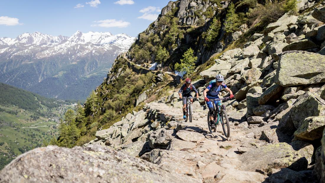 Schweizer Bike-Tour mit echtem Nervenkitzel