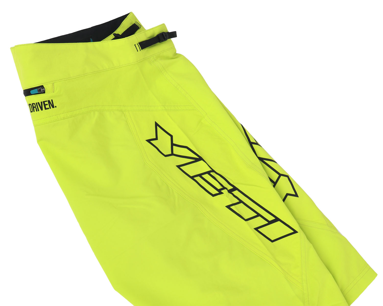 Image of Yeti Cycles Enduro-Shorts - Limeaid