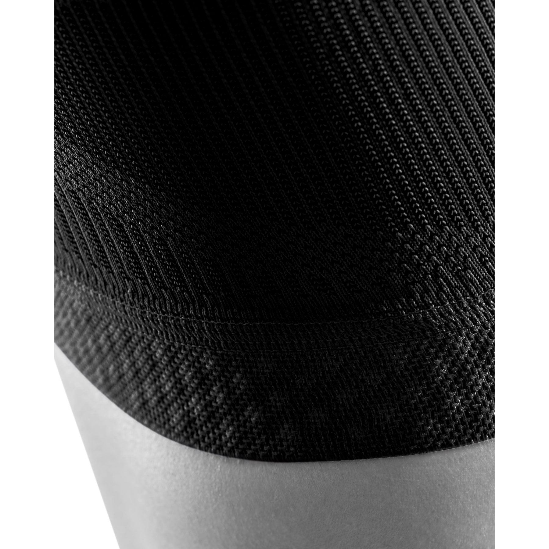 Image of Bauerfeind Sports Compression Knee Support - black