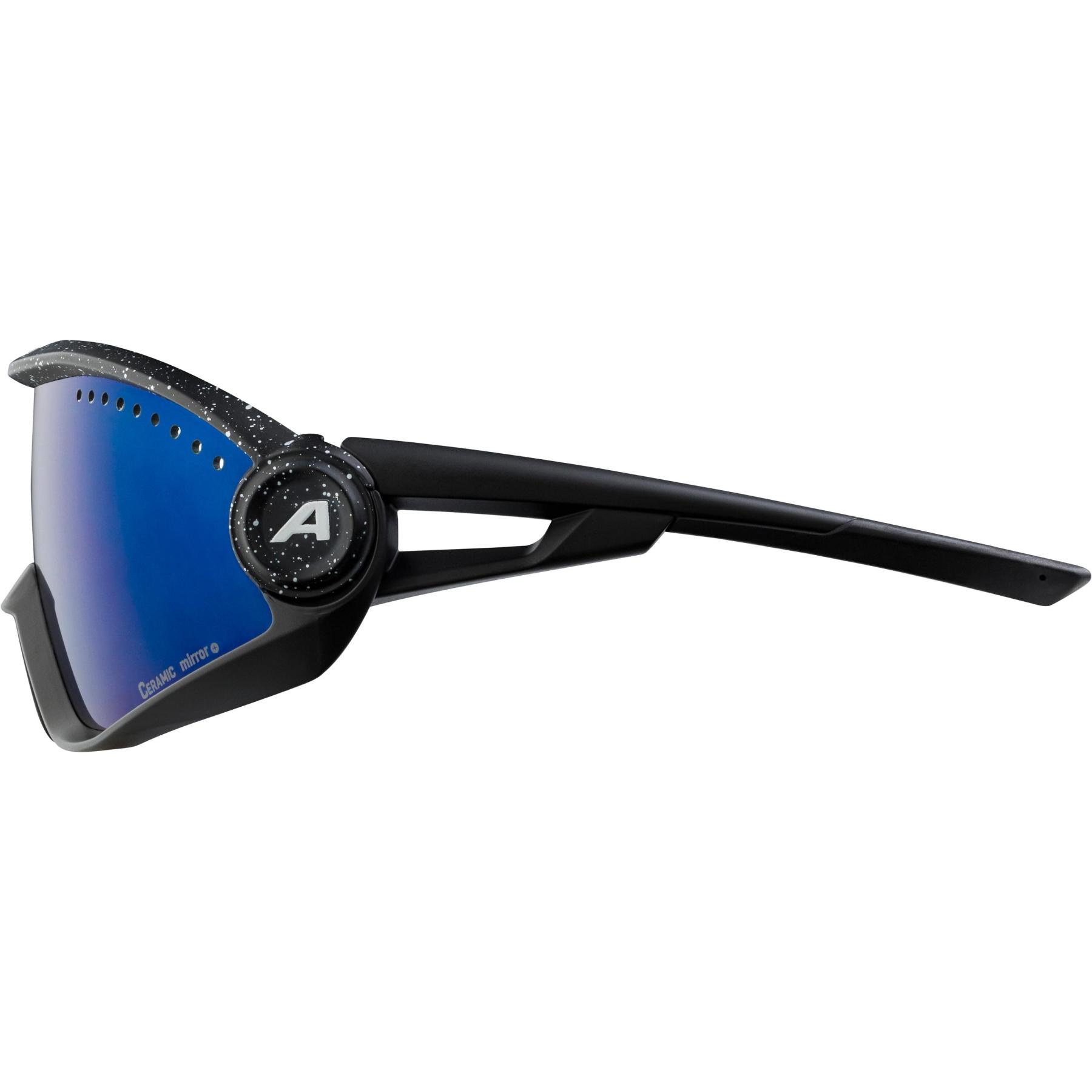 Image of Alpina 5W1NG CM+ Glasses - black blur / blue mirror
