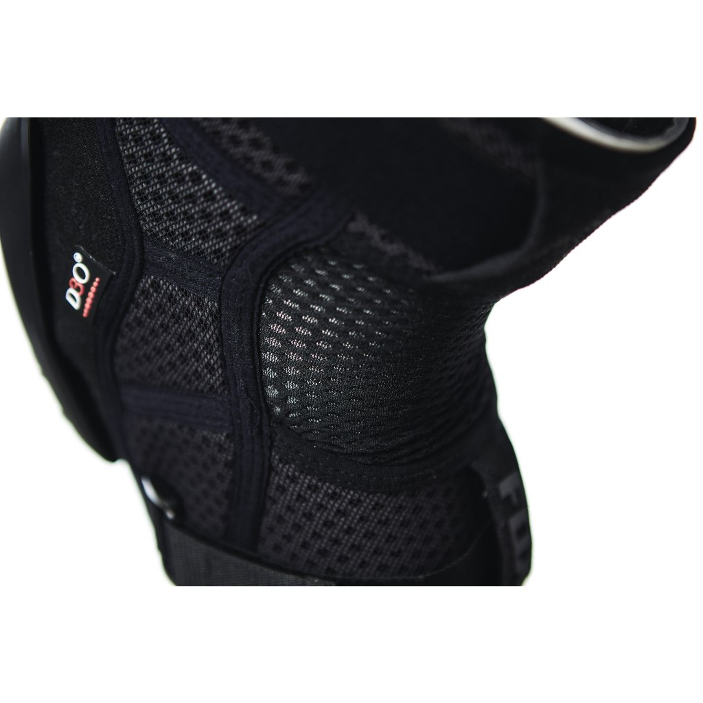 Image of FOX Launch Pro D3O® Knee Guards - black