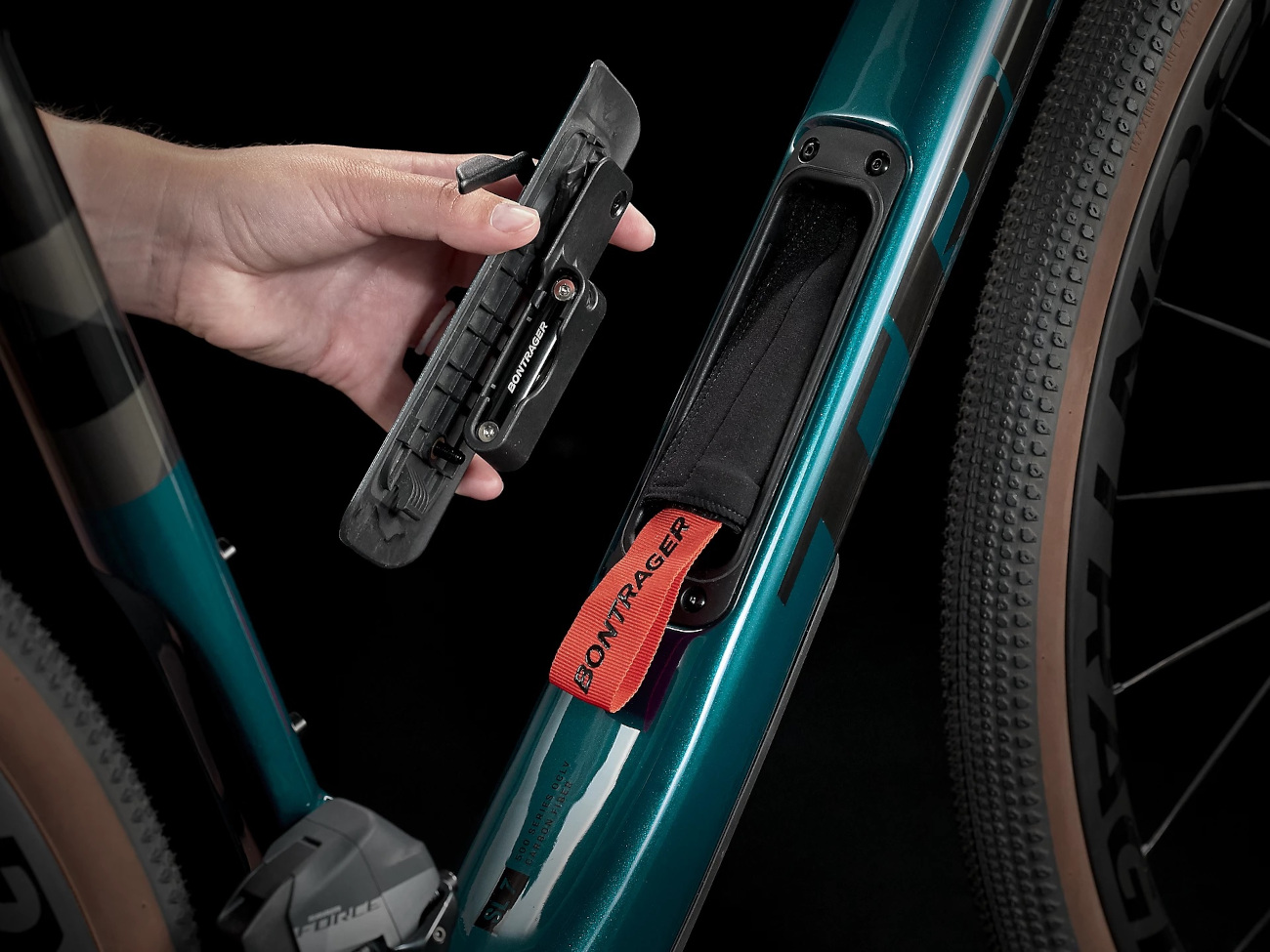 Bild von Trek CHECKPOINT SL 7 Force eTap AXS Gravel Bike - 2022 - Dark Aquatic / Carbon Smoke
