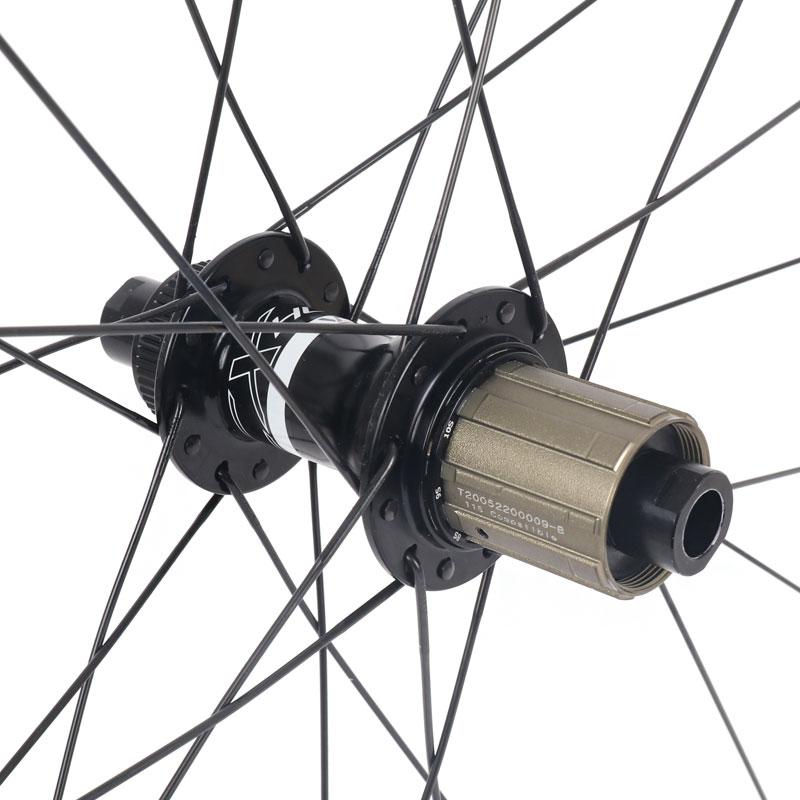 Bild von Veltec Speed XCR 30 Disc Carbon Hinterrad - Drahtreifen - 12x142mm - Shimano HG - schwarz mit weißen Decals