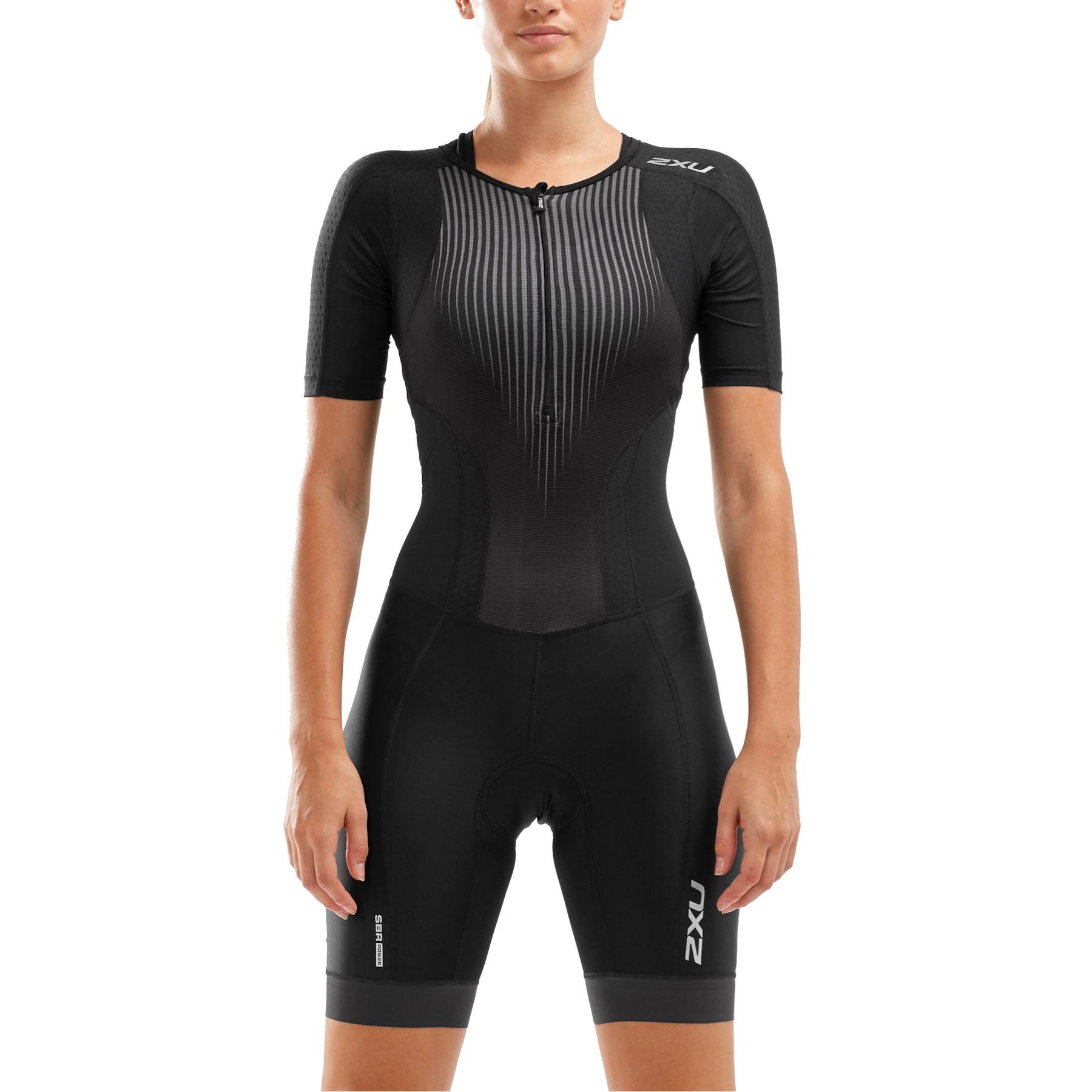 Imagen de 2XU Women's Perform Front Zip Sleeved Trisuit - black/shadow