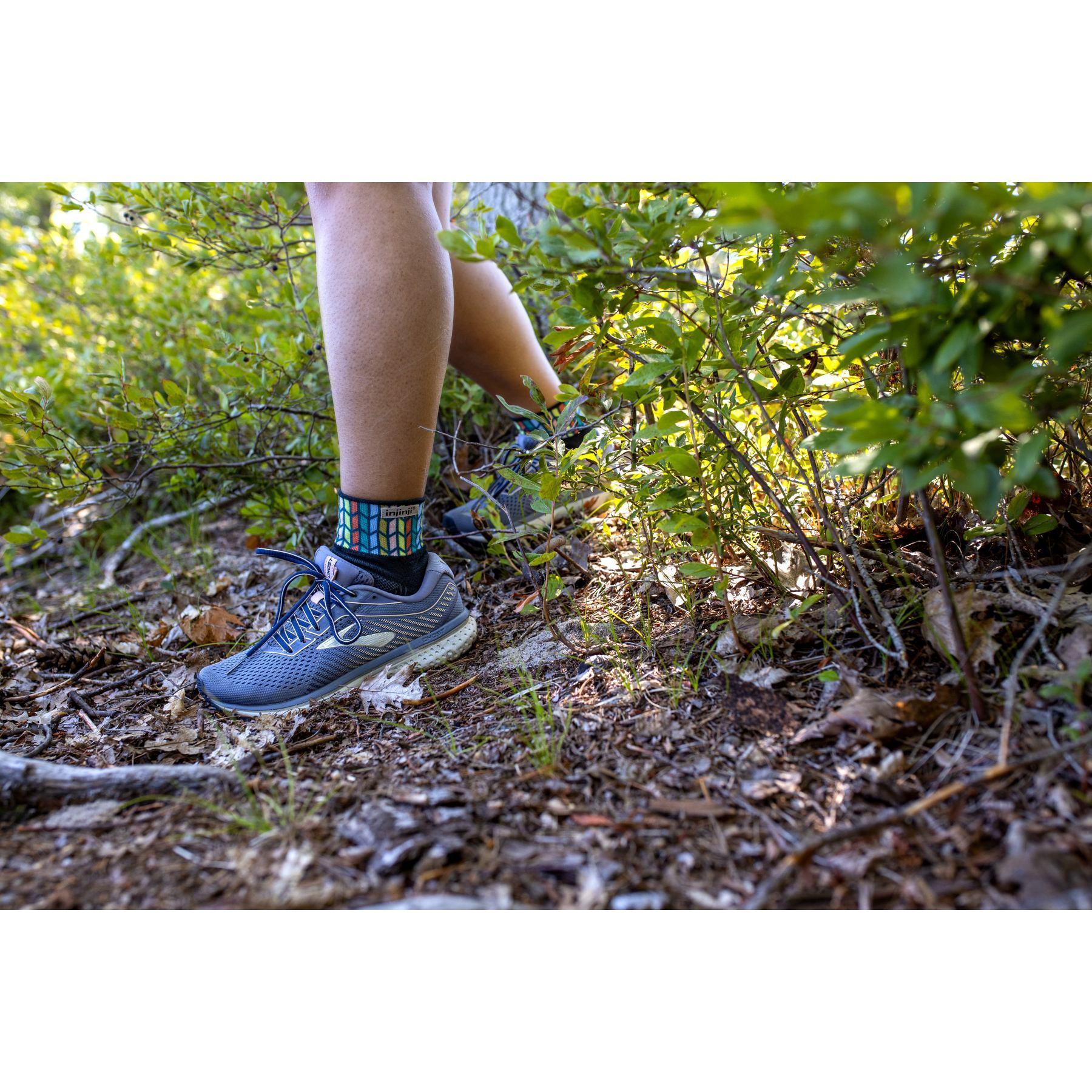 Image of Injinji Spectrum Women's Trail Midweight Mini Crew Socks - chevron
