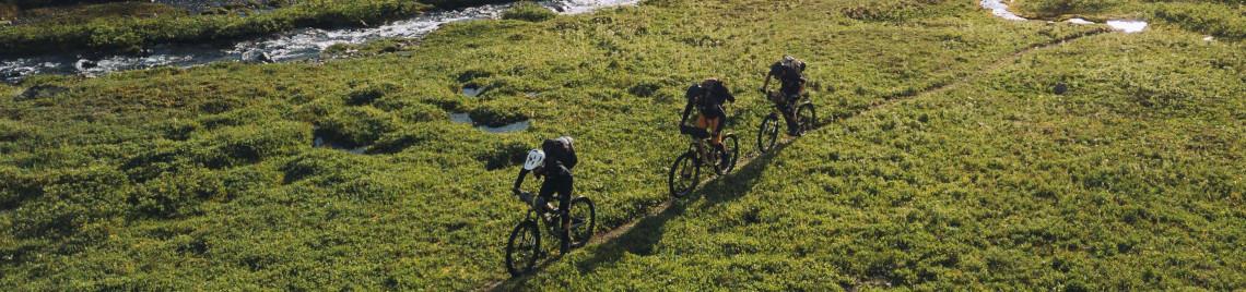 FOX Racing – Hochwertige Mountainbike Bekleidung & Ausrüstung