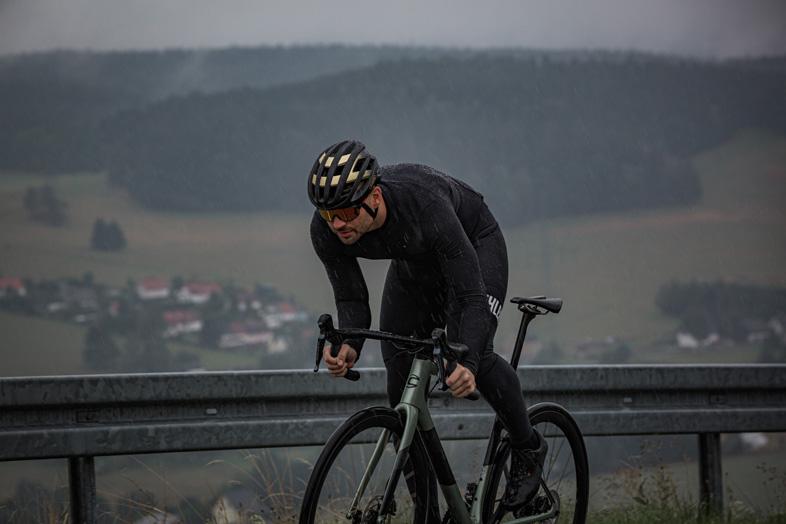 Image of Biehler Thermal Rain Long-Sleeve Jersey - Black