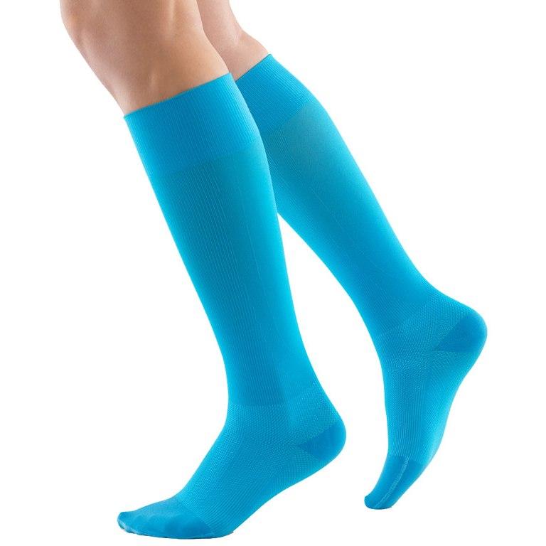 Image of Bauerfeind Sports Compression Socks Run & Walk - red
