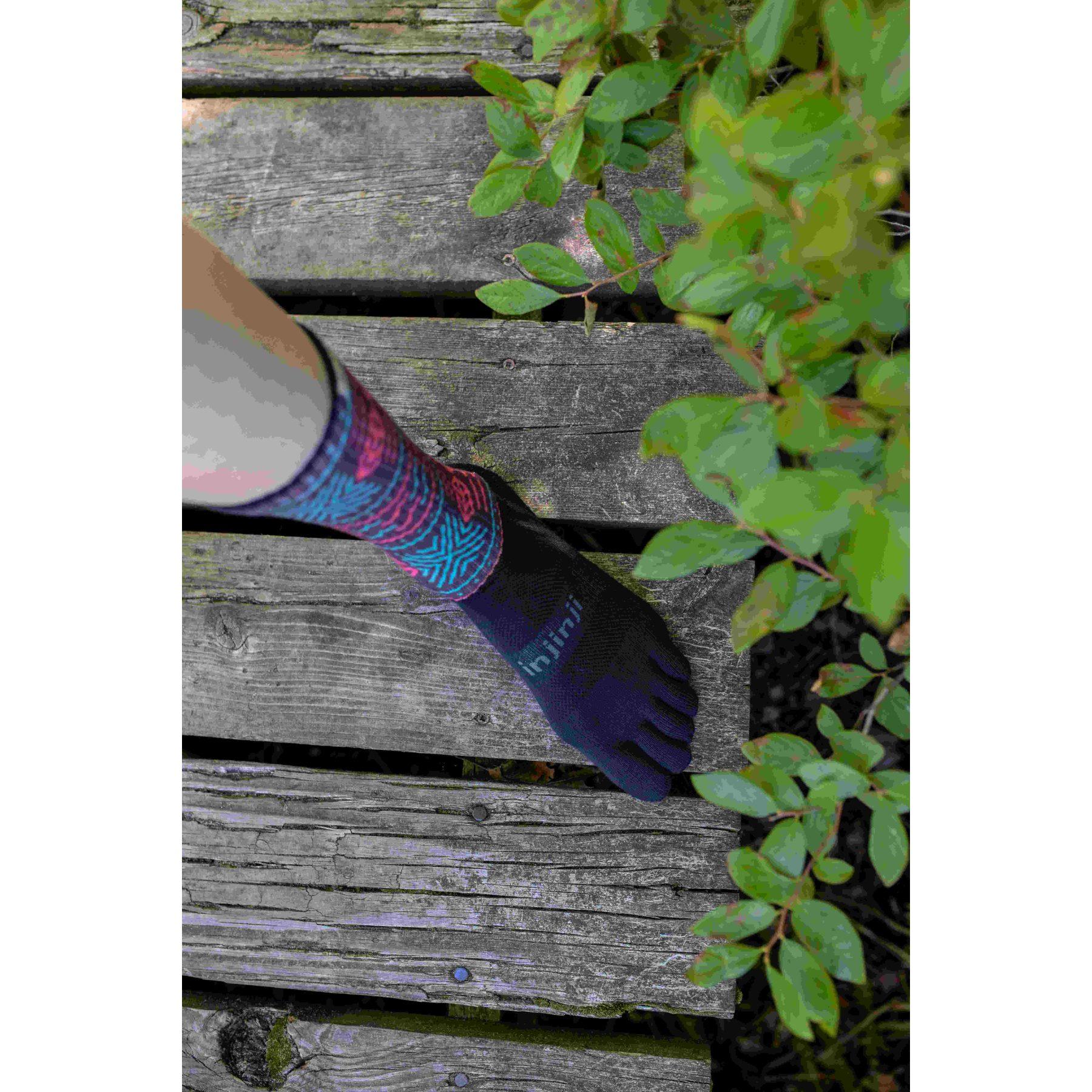 Image of Injinji Trail Midweight Crew Coolmax® Socks - glyph