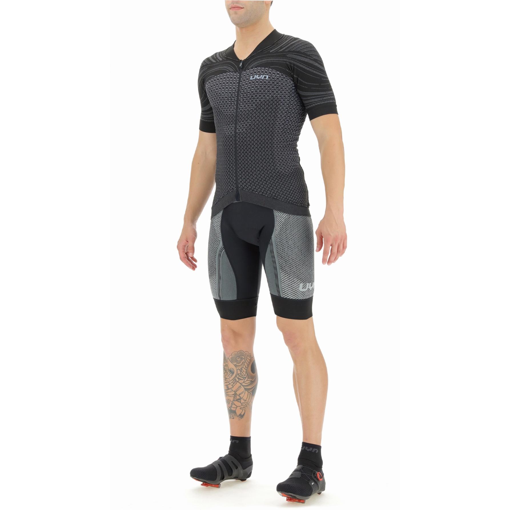 Bild von UYN Biking Coolboost T-Shirt - Bullet/Jet Black
