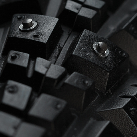Imagen de 45NRTH Gravdal Cubierta Plegable Invierno - 700x38C / 252 Spikes / 60TPI