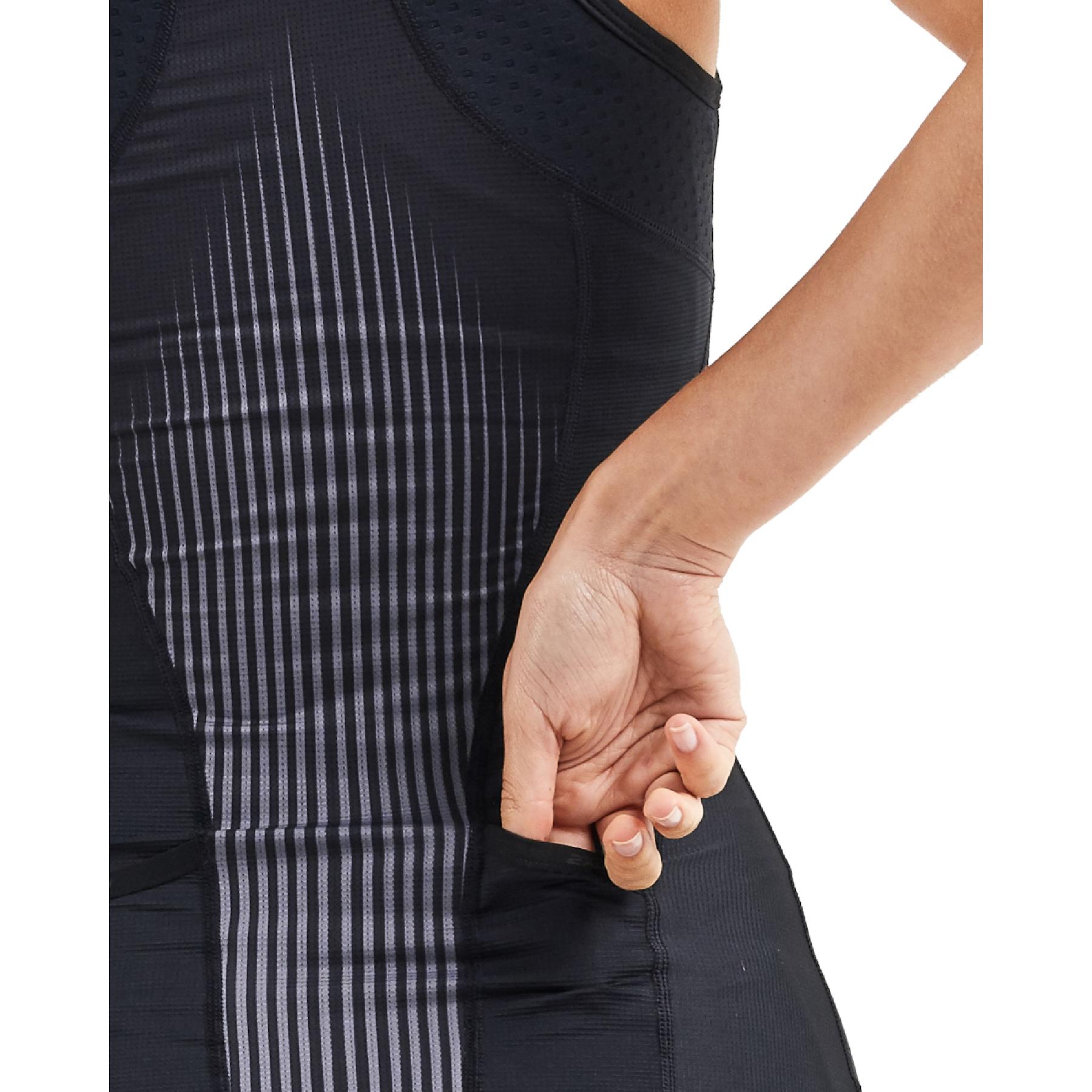 Imagen de 2XU Women's Perform Tri Camiseta de tirantes para mujer - black/shadow