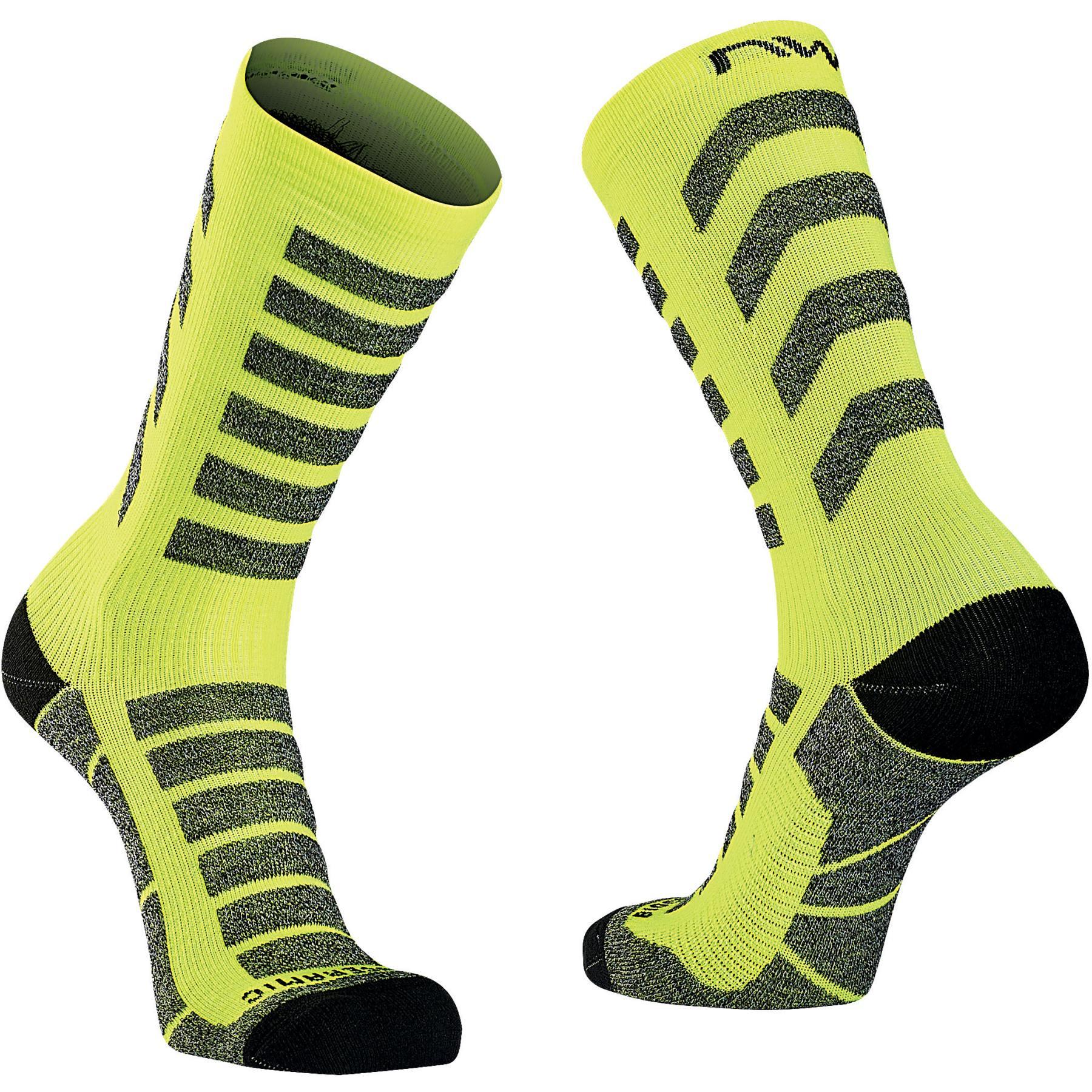 Produktbild von Northwave Husky Ceramic High Socken - yellow fluo