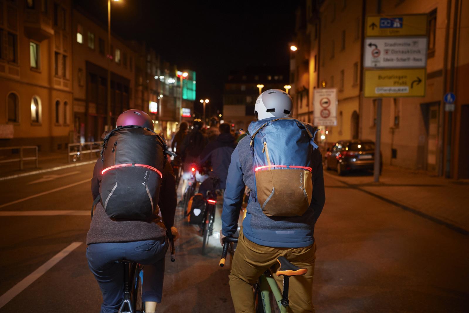 Image of Vaude CityGo Bike 23 Backpack - baltic sea