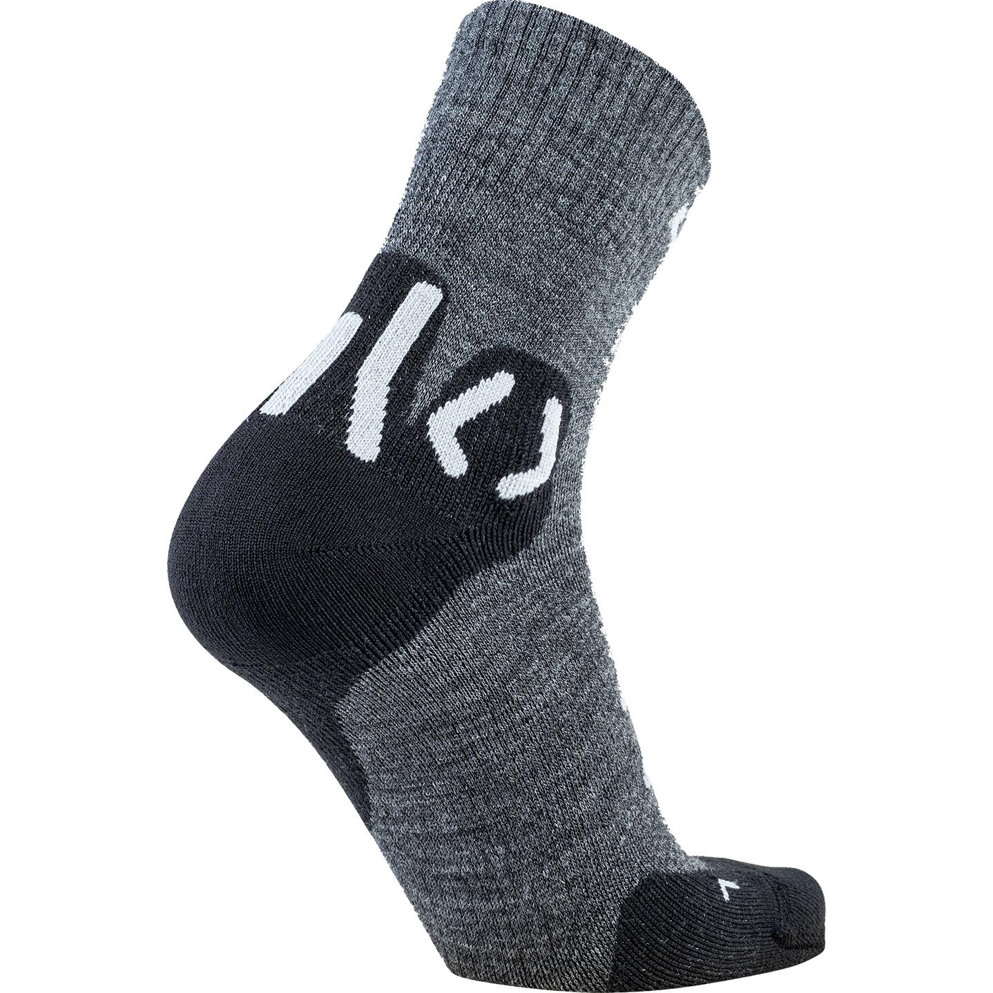Image of UYN Lady Trekking Approach Merino Mid Cut Socks - Anthracite/Black