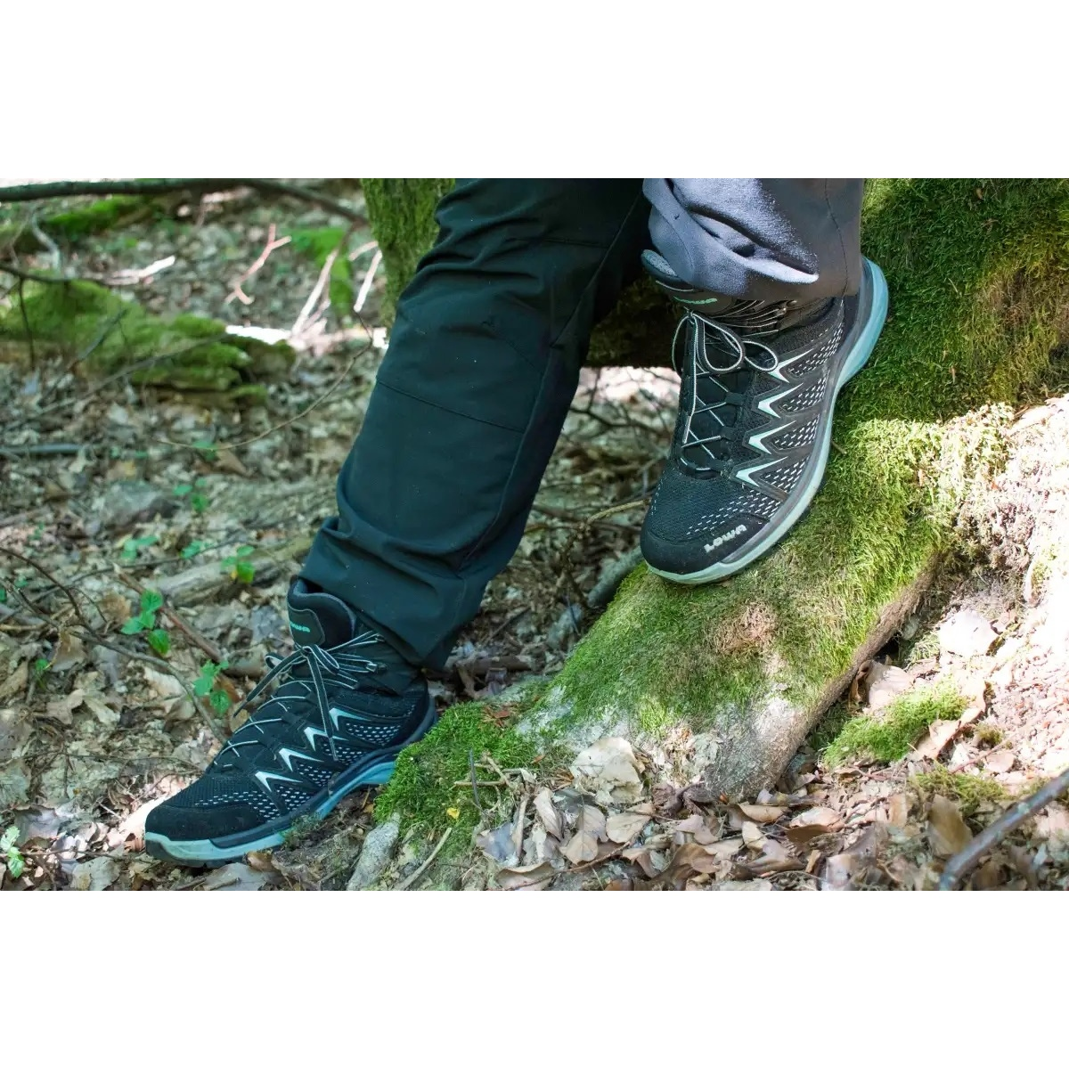 Image of LOWA Innox Pro GTX Mid Ws Women's Shoe - graphit/mint