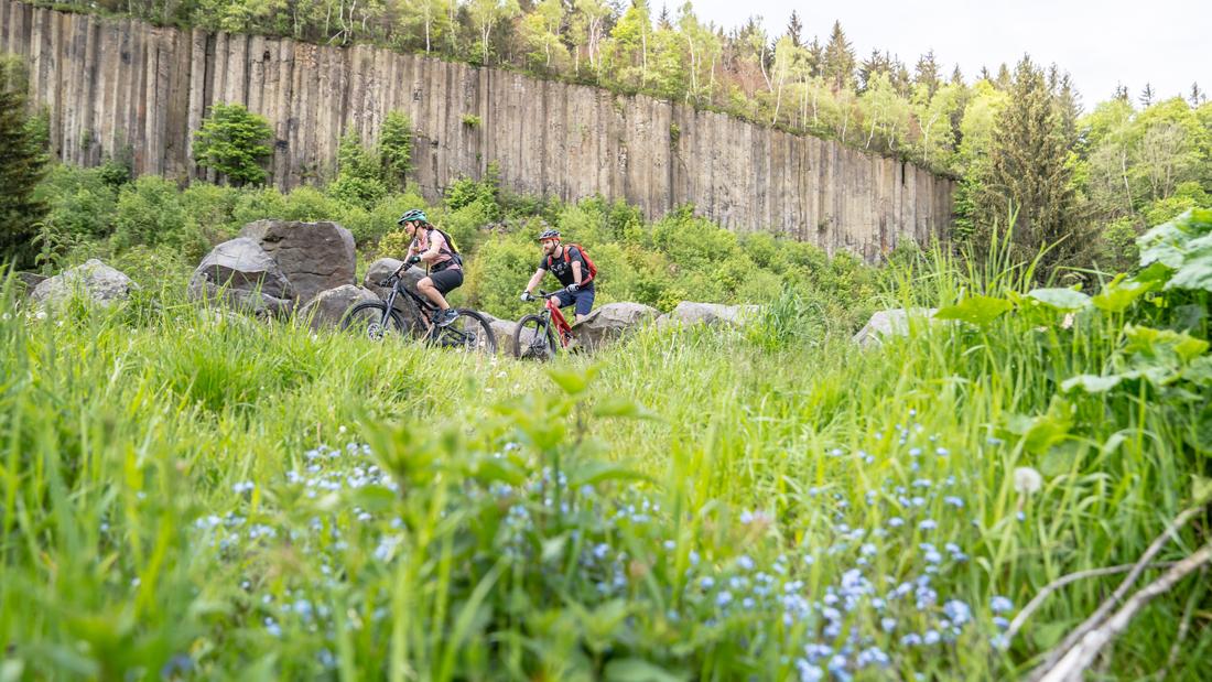 Stoneman Mirquidi – Erzgebirgische Weiten mit MTB und Rennrad erkunden